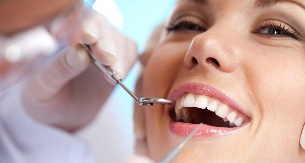 https://tuncurrydentalcare.com.au/wp-content/uploads/2021/04/Dental-1-1024x547-1.jpg